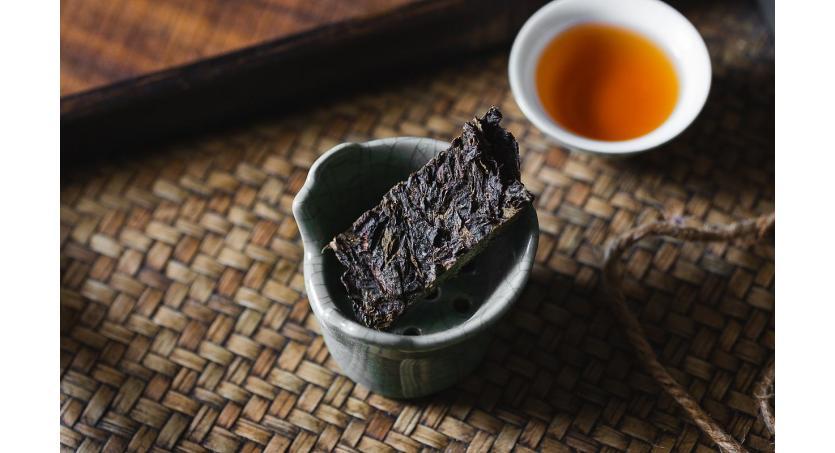 2 Ways To Make Dark Brick Tea: Steeping & Boiling