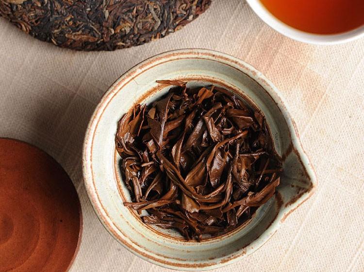 Can You Reuse Tea Leaves & Tea Bags Between Steeps?